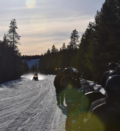 SnowmobileYellowstone18