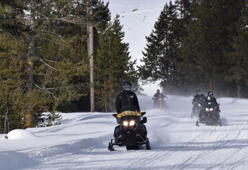 SnowmobileYellowstone5